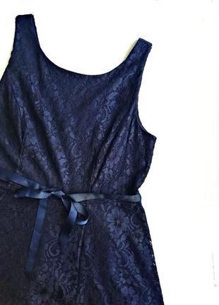 Платье из цветочного гипюра цвета полуночный синий р.18