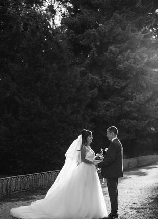 Свадебное платье со шлейфом, ексклюзивное