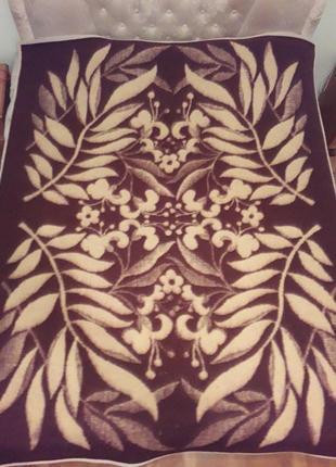 Одеяло на двойную кровать