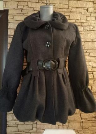 Оригинальное итальянское шерстяное пальто
