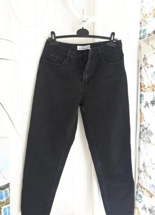 Чёрные mom джинсы befree