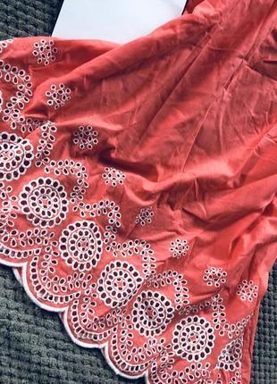 Очень нежное коралловое хлопковое платье с вышивкой и перфорацией можно для беременных4 фото