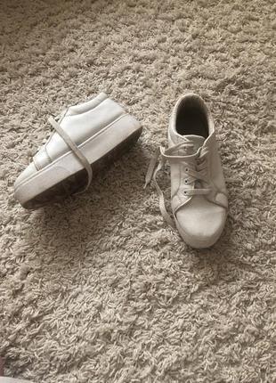 Белые кроссовки, кеды на платформе, высокой подошве