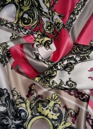 Красивый,модный платок от бренда ted lapidus.оригинал