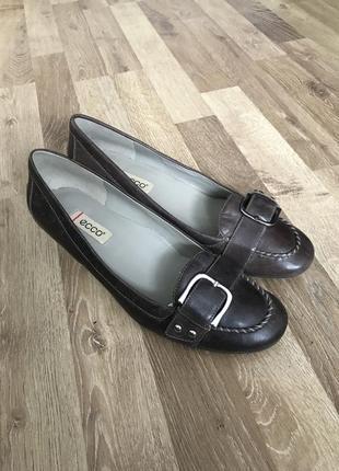 Шикарні жіночі туфлі ecco оригінал, шкіра кожа туфли