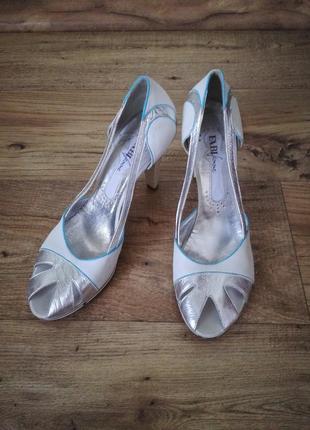 Кожаные туфли fabi. оригинал. 41 размер.