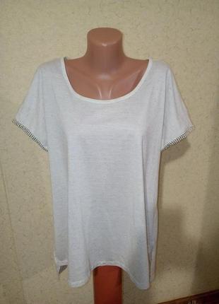 Легкая летняя футболка в составе лен