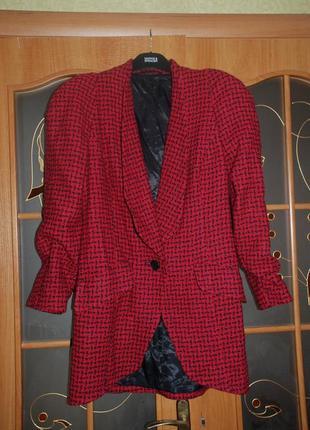 Яркий теплый шерстяной костюм. настоящий винтаж! эксклюзив.