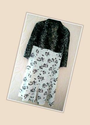Кружевное платье миди с принтом розы