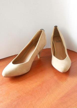 """Стильные фирменные туфли """"лодочки"""" от бренда truffle, р.40 код k4001"""