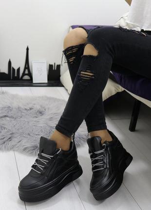 Новые шикарные женские черные сникерсы кроссовки