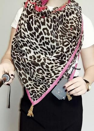 Большой шейный платок в леопардовый принт friis & company