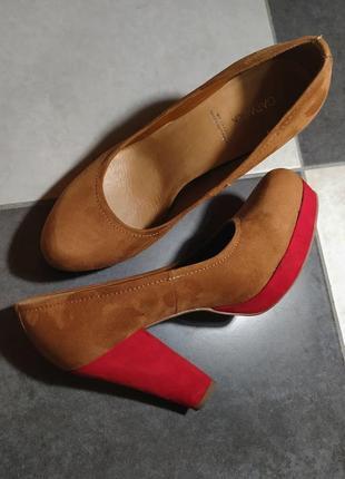 Замшевые туфли на высоком каблуке туфлі замшеві замінник високий каблук catwalk рр 39