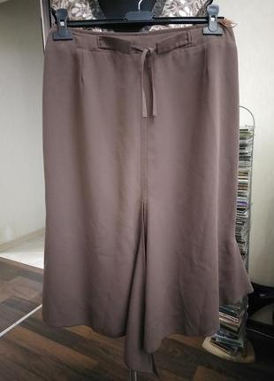 Оригинальная дизайнерская юбка в стиле годе с асимметричными элементами