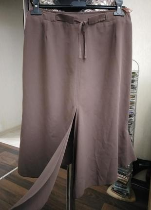 Оригинальная дизайнерская юбка в стиле годе с асимметричными элементами2 фото