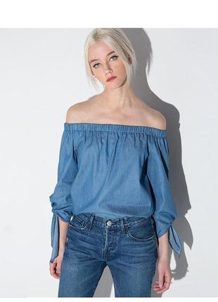 Блуза с опущеними плечами 2019
