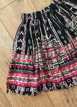 Пышная юбка с нашитым бисером