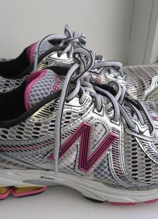 Оригинальные кроссовки