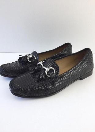 Кожаные туфли под змеиную кожу от russell&bromley