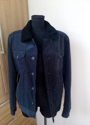 Джинсовая куртка на овчине черная вилюровая