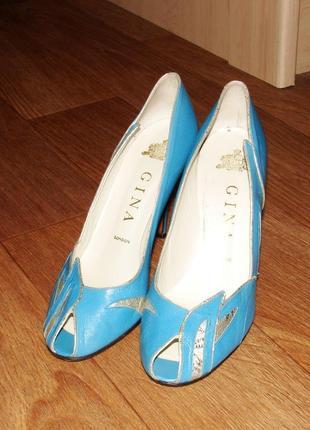 Голубые кожаные туфли gina (london)