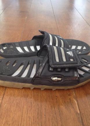 Тапочки  adidas 39 р