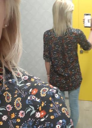 Блуза в цветочки2 фото