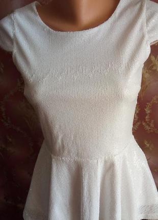 Блуза с открытой спиной, в паетках