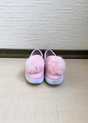Розовые кеды с натуральным мехом 31 размера