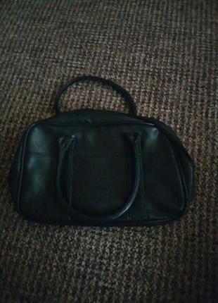 Черная сумочка