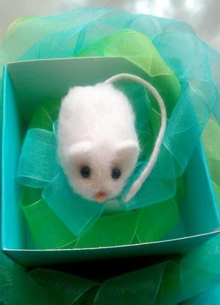 Войлочная брошь значок мышь мышка мышонок символ 2020 года звероброшь