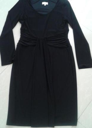 Элегантное черное фирменное платье