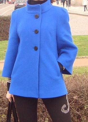 Модное пальто. срочно. цена договорная