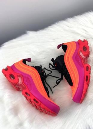 Женские яркие кроссовки nike air max plus 97 racer pink.