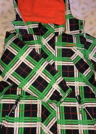 Gusti extrem комбинезон зимний,куртка и штаны,6 размер,комплект зимний