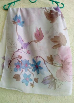 Красивый и нежный платок!