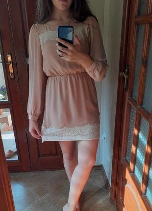 Шифонова сукня з кружевом