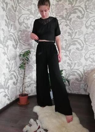 Шикарные кюлоты палаццо  брюки штаны с бахрамой