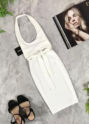 Стильное платье с открытой спинкой и акцентом на линии талии  dr1929090