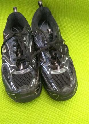 Спортивные кросовки shape-ups