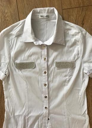 Блуза с стразами