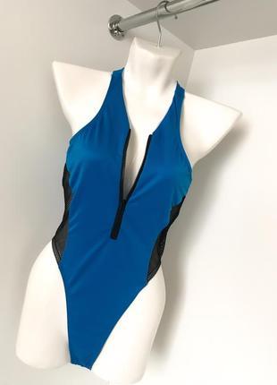 Сплошной купальник голубой с черным сетка декольте на змейке бразилиана высокая посадка