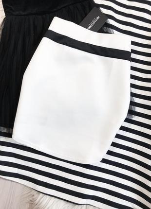Новая красивая юбка prettylittlething