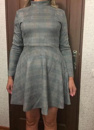 Сукня в класичному стилі