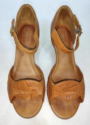 Кожаные босоножки на среднем каблуке timberland оригинал