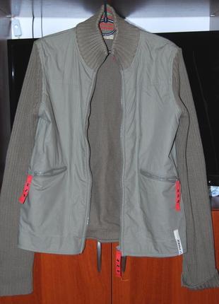 Отличная модная курточка roxy, пог 50см., коттон.