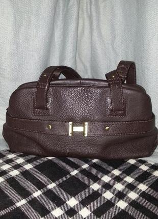 Кожаная сумка от hilfiget