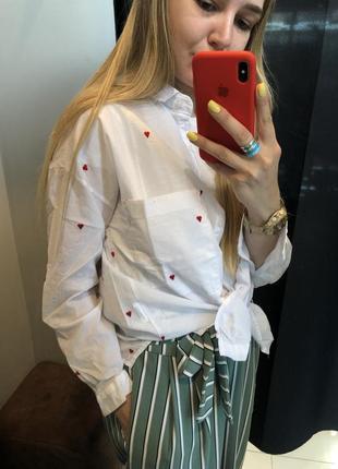 Женская бклая рубашка котоновая легкая с сердечками