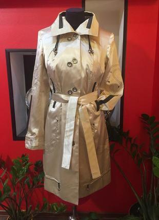 Распродажа! продам новый женский демисезонный плащ на пуговицах, пальто