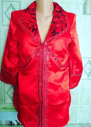 Нарядная блуза,46-48